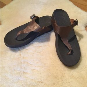 Fitflop metallic copper flip flops